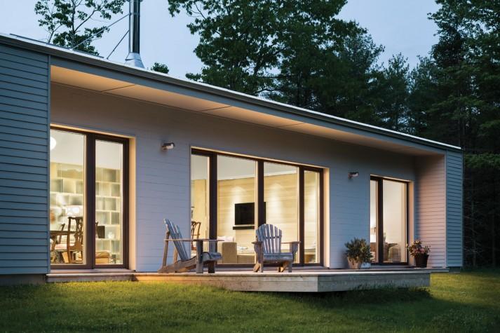 Lean Serene Green Maine Home Design