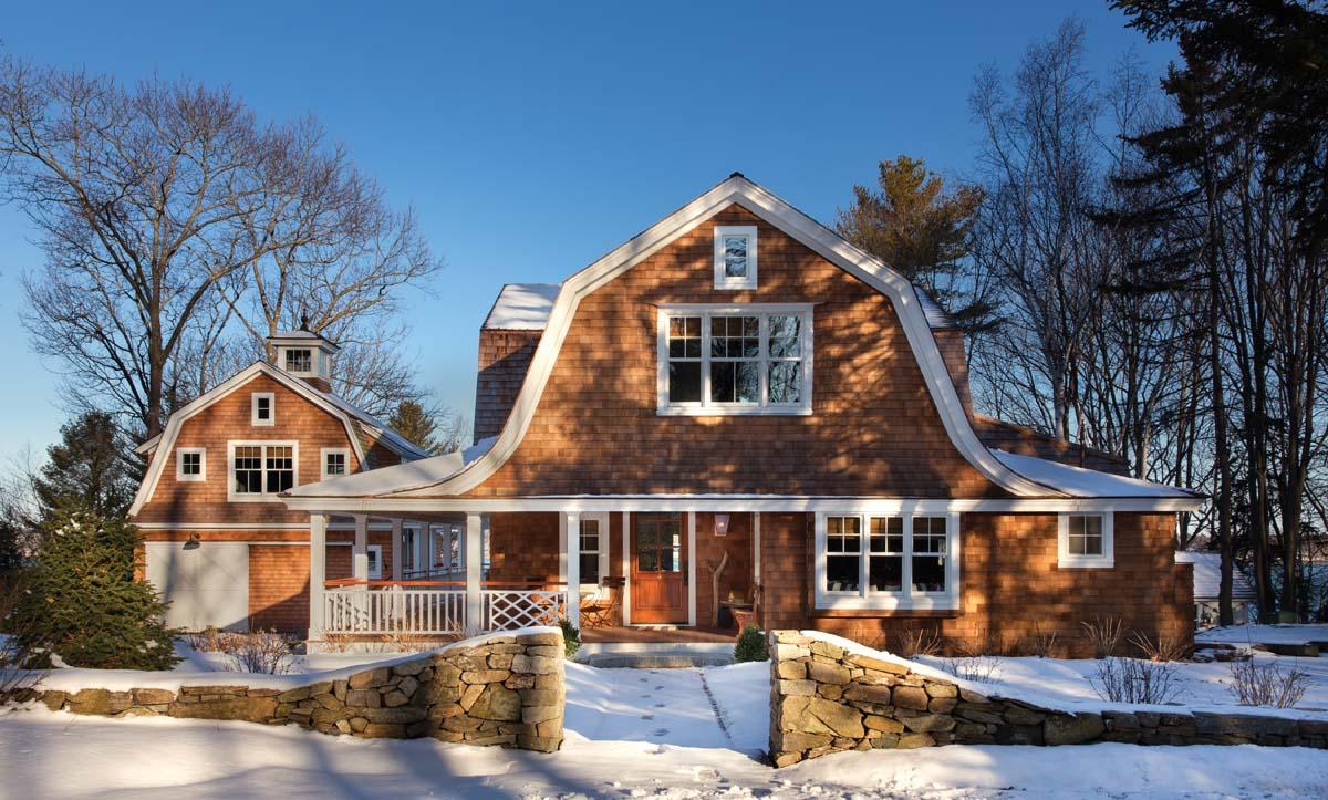 Spirit of the past cousins island maine home design for Maine home design