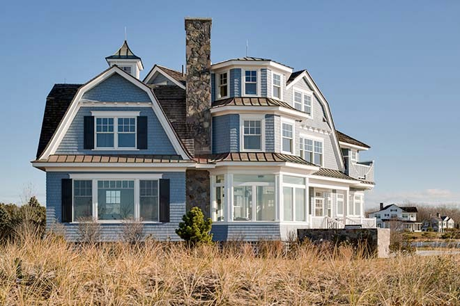 Family heirloom in kennebunk maine home design for Beach house design jeffrey strnad