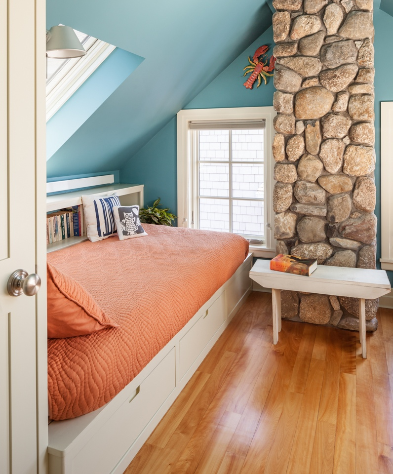 In living color maine home design for Maine home design