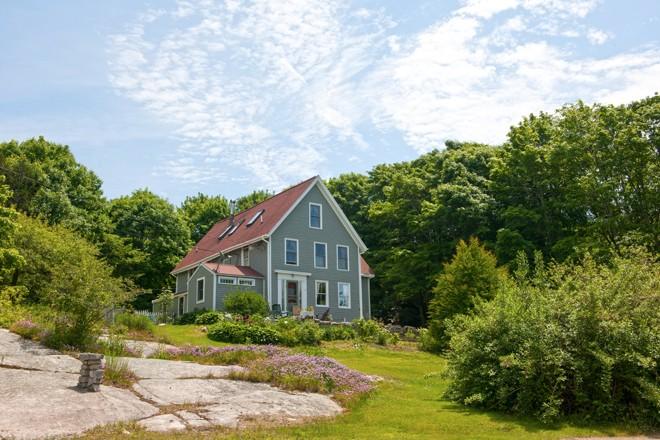 The maine essence of vinalhaven maine home design for Maine home design