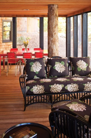 Lakeside Refuge Maine Home Design