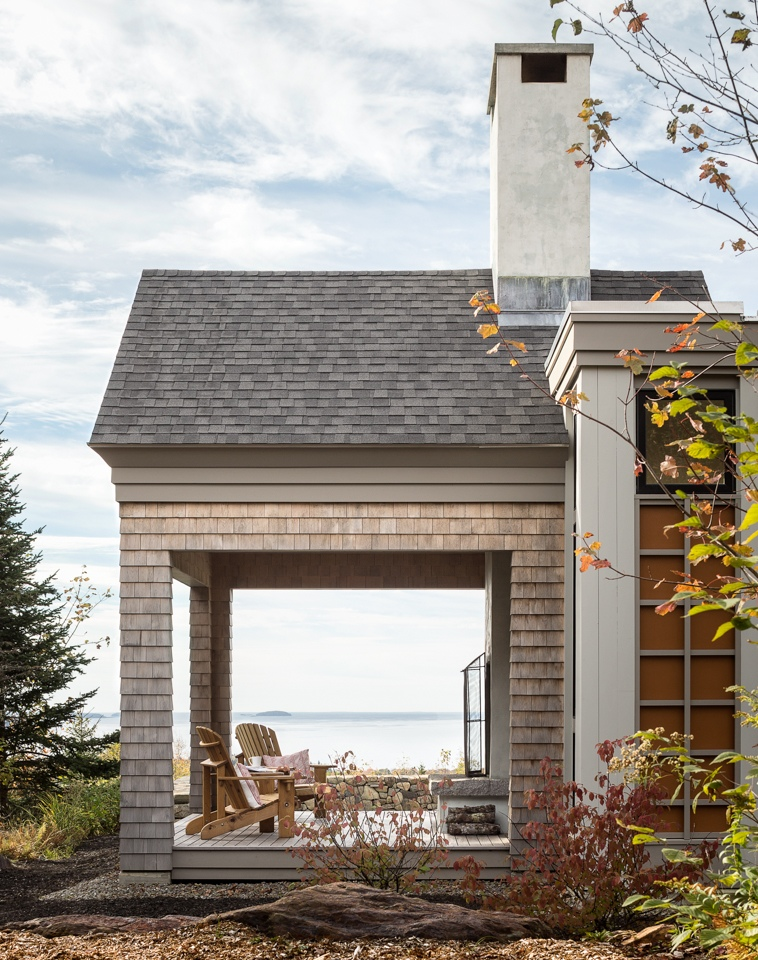 Bluff top elegance maine home design for Maine home design