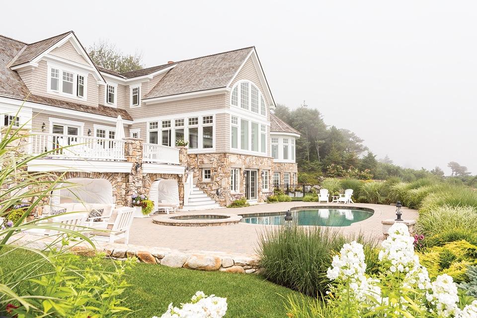 South coast spectacular maine home design for Maine home design