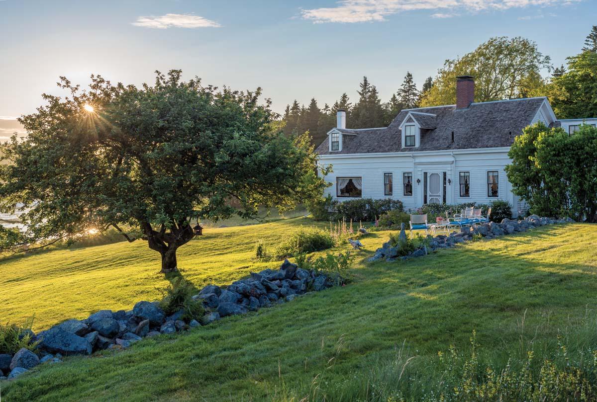 Past Perfect Maine Home Design