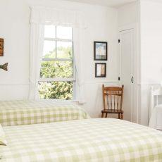 Kennebunk Cottage Charm | Maine Home+Design